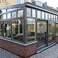 construction de maison entièrement vitrée