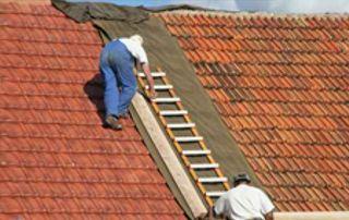 Professionnels couvreurs tuiles toits