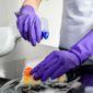 Aide-ménagère nettoyage maison