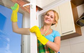 Une aide-ménagère efficace à domicile ?