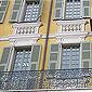 Fenêtre à petits carreaux
