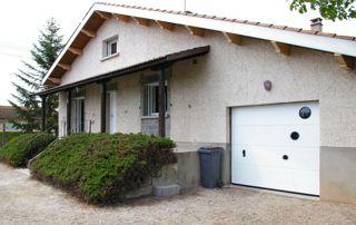 villa avec chassis et garage PVC