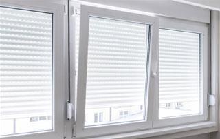 fenêtre oscillo-battante en PVC