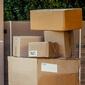 Cartons dans garde-meubles