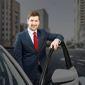 chauffeur personnel costume cravate