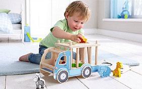 bambin et jouets en bois