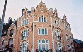 façade gothique en briques