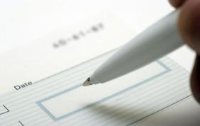 A la recherche d'une aide à domicile via les titres services?