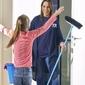 femme de ménage balai