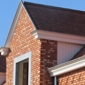 toiture maison briques