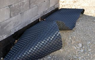 Pose d'un drain extérieur infiltrations