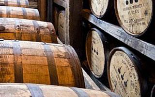 cave de whiskey en fût