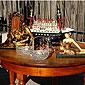 table ancienne et oeuvre d'art