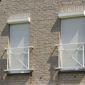Fenêtres façade volets fermés