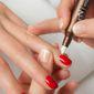 manucure sur ongles naturels